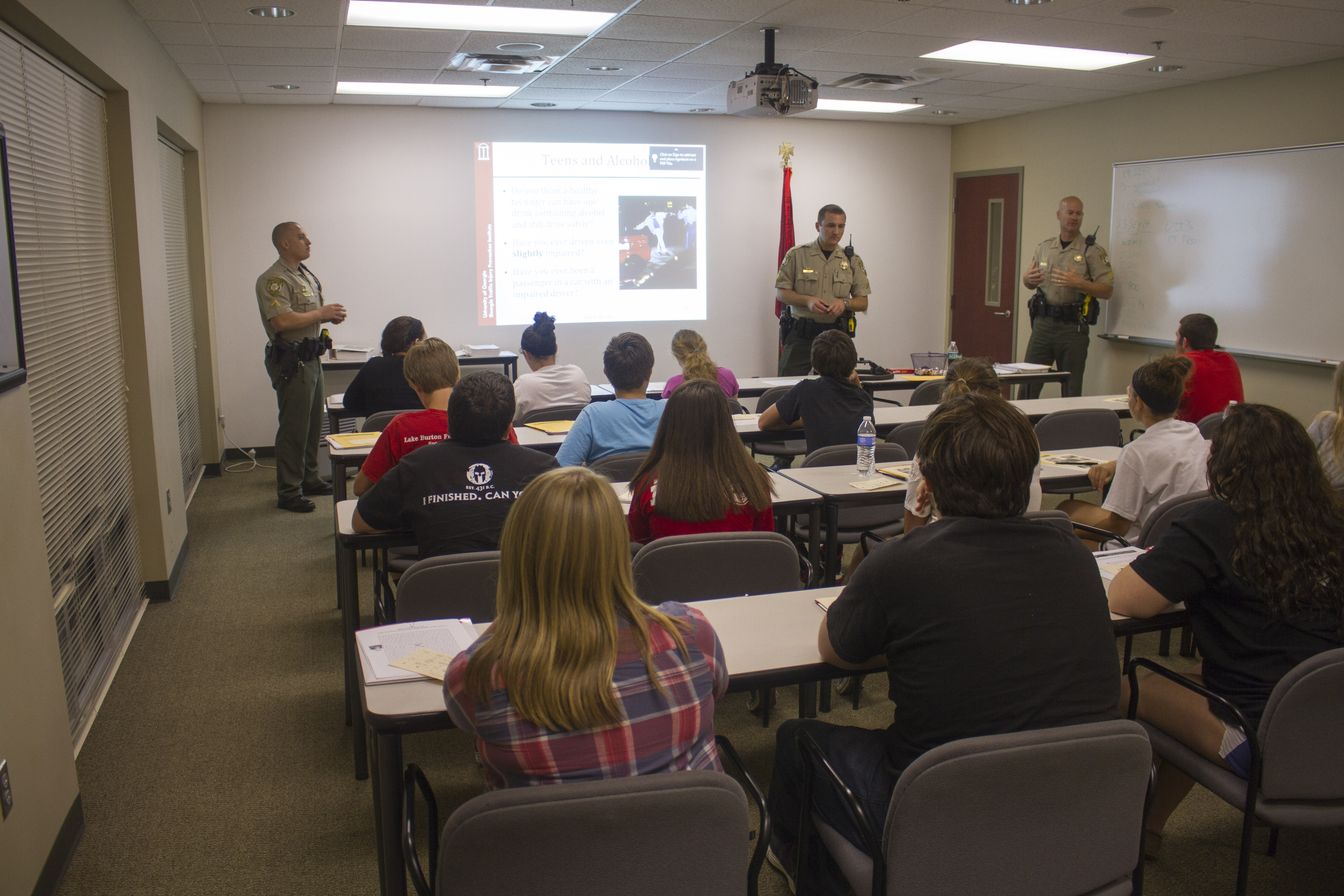 Sheriff's Office to Offer Teen Driver Course